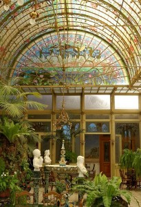The solarium where Rand and Elena have a meaningful encounter.